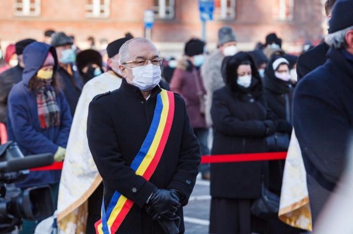 """Emil Boc, despre Crihălmeanu: """"A intrat în rândurile bisericii încă din comunism și a fost urmărit de securitate"""""""