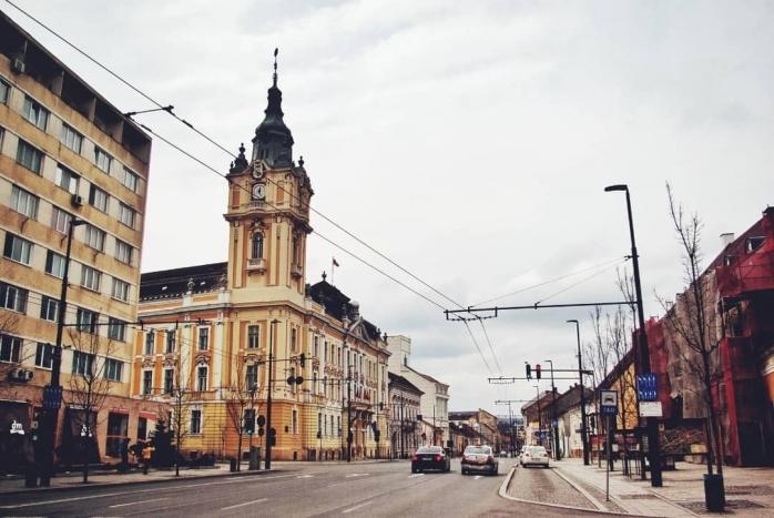 Ce salarii se câștigă la Primăria Cluj-Napoca? Un bucătar câștigă peste 1.000 de euro pe lună, un director - aproape 3.500 de euro