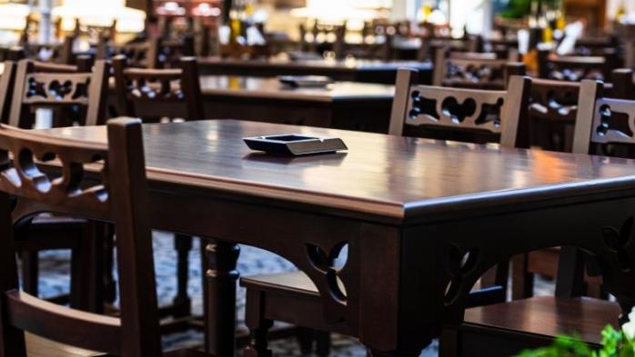 Se redeschid restaurantele din Cluj-Napoca. Rata incidenței este în scădere pentru că nu se testează