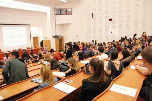 Studenții de la FSPAC, îndemnați să urmeze consiliere psihologică în perioada sesiunii, după tragedia de luni