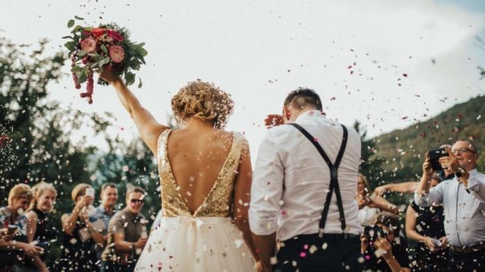 Nunțile și botezurile, INTERZISE, dar restaurantele se deschid! În ce condiții?