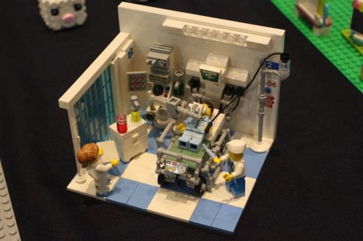Secția ATI reprezentată prin figurine LEGO