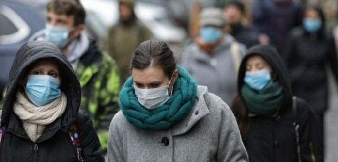 Masca de protectie purtată pentru a ne proteja de COVID-19