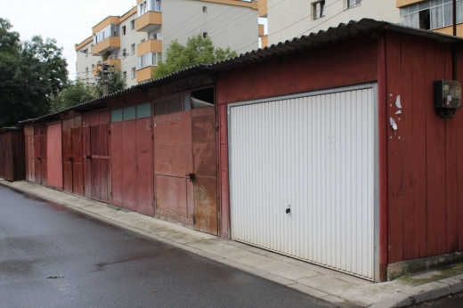 Demolarea garajelor, pe repede înainte! 1000 de proprietari, somați să degajeze spațiul