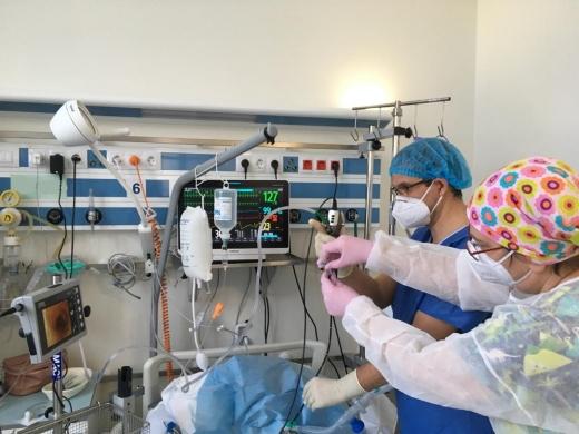 """Cum se lucrează pe secțiile ATI din Cluj? Medic: """"E mai mult decât un job, e o necesitate vitală"""" FOTO"""