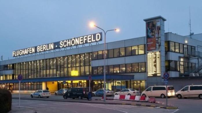 Zborurile spre și dinspre Germania ar putea fi interzise! Nemții vor să oprească răspândirea noii tulpini de coronavirus