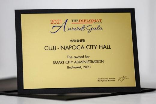 """Primăria Cluj-Napoca a câștigat premiul """"Smart City Administration"""" pentru strategiile implementate în 2020."""