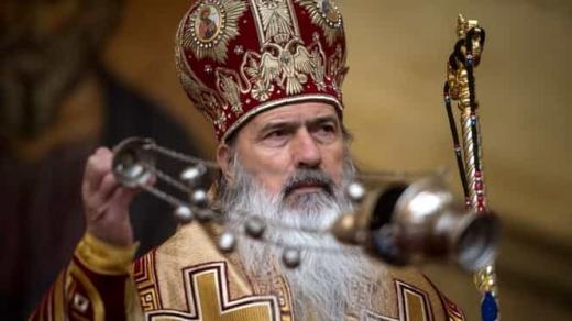 """Biserica Ortodoxă nu renunță la ritualuri """"nici peste 1.000 de ani"""". Teodosie: """"Nu ne lăsăm INTIMIDAȚI""""."""