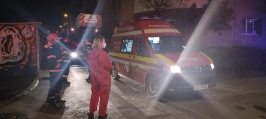 Pompierii clujeni au salvat o tânără care a încercat să se sinucidă în Mărăști