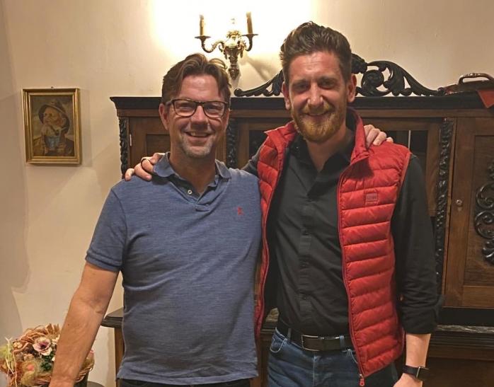 Producătorul Game of Thrones Petur Sigurdsson și patronul Conacului Archia