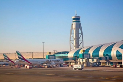12 români care voiau să zboare din Dubai la Cluj-Napoca, blocați în Istanbul din cauza unui angajat al companiei aeriene
