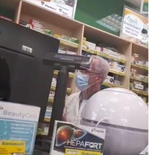 Un farmacist din Gherla refuză să dea insulină, chiar dacă există pe stoc! VIDEO