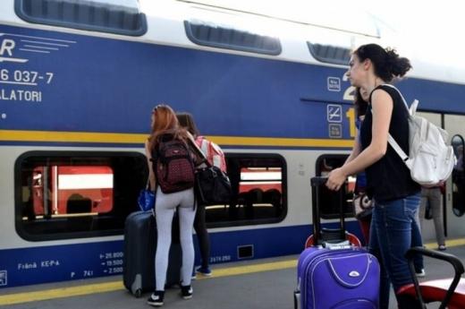 """Vor mai avea studenții gratuitate la biletele de tren? Orban: """"Există această propunere. Guvernul trebuie să decidă"""""""