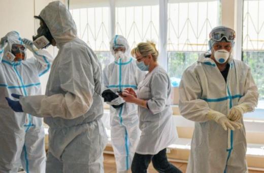 O clujeancă de 25 de ani, infectată cu noua tulpină coronavirus! Nu a călătorit în Marea Britanie