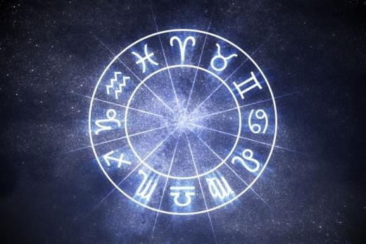 Horoscop 12 februarie 2021. Leii sunt irascibili, iar Scorpionii au parte de o călătorie