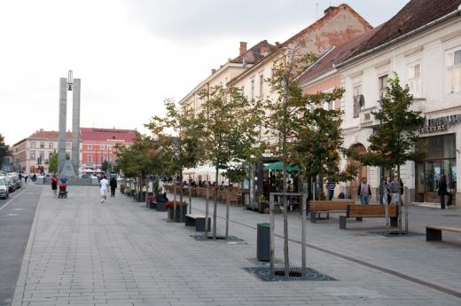 Amenzi usturătoare pentru doi clujeni care au fugit din carantină. Cutreierau străzile din Cluj-Napoca