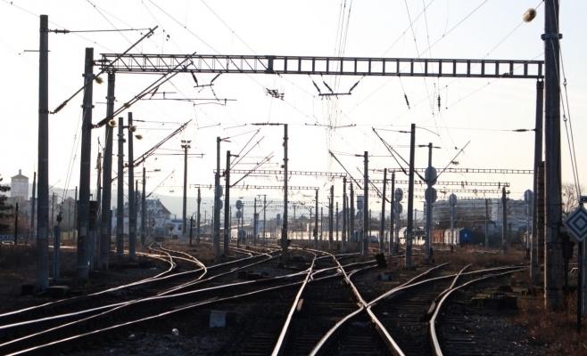 """Trenul Metropolitan se extinde spre Autostrada Transilvania. Boc: """"Să își lase mașina la park&ride și să ia trenul"""""""