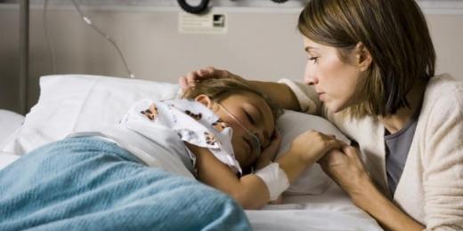 40 de copii în stare gravă au murit așteptând să fie transferați în alte spitale