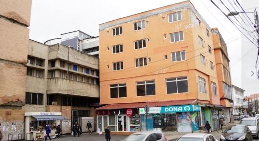 Un consilier local cere clarificări în cazul hotelului Cristian