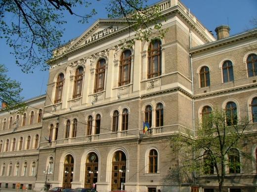 UBB Cluj susține decizia de a exmatricula 45 de studenți care au fraudat mai multe examene.