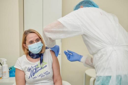 Ultimul pacient, vaccinat în Observator. Cine este? FOTO
