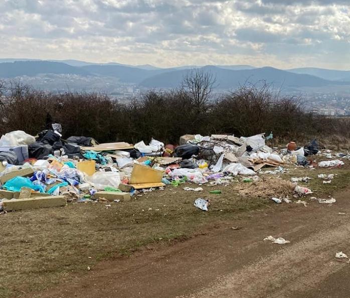Dezastru ecologic în Florești! Primarul Bogdan Pivariu promite amenzi dure pentru nesimțiții care aruncă gunoaie