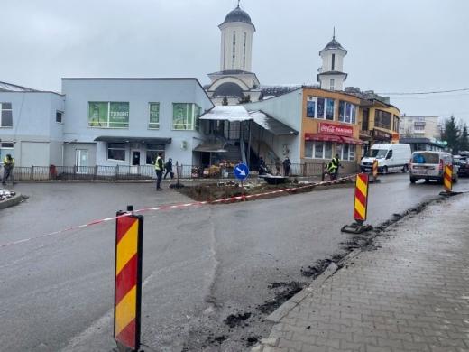 Lucrări de modernizare pe mai multe străzi din Dej. Rute ocolitoare
