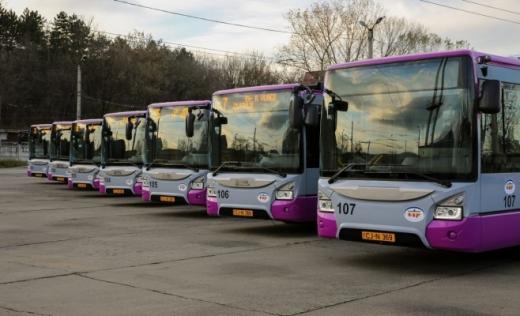 Introducerea transportului gratuit în zilele de vineri, lăudată de Uniunea Europeană