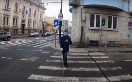 Aplicația care oferă sprijin pentru persoanele cu deficiențe de vedere din Cluj-Napoca.