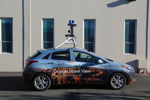 Atenție, se filmează! Mașina Google se plimbă pe străzile din Cluj pentru actualizarea hărții