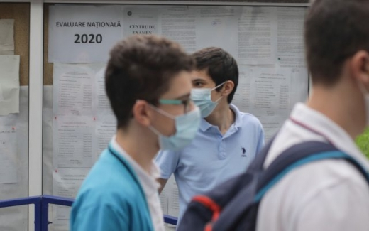 ALARMANT! 600 de copii infectați cu COVID-19 într-o SINGURĂ ZI. Valul al treilea al pandemiei va lovi crunt!