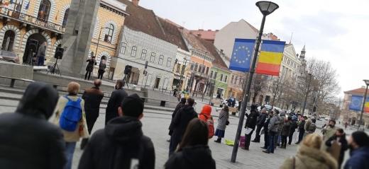 Protest anti restricții în Cluj-Napoca. Sursă foto: Georgiana Tănăsescu.