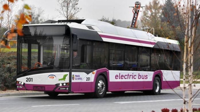 Extinderea autobuzelor în Dâmbul Rotund mai are de așteptat.