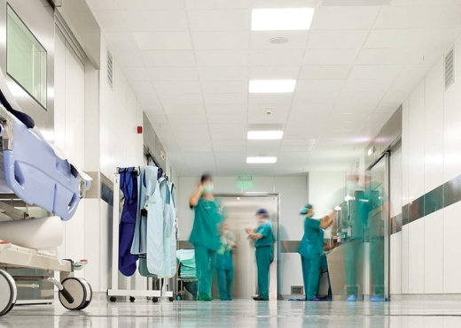 Situație GRAVĂ la nivel național. Aproape 1.500 de români infectați cu COVID-19 sunt internați la ATI