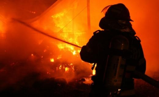 Pompierii din Cluj au intervenit la ȘAPTE evenimente în doar două ore. Patru au fost incendii