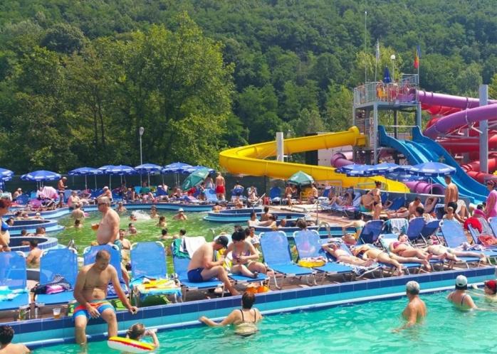 """Ape termale în Florești? Studii hidrotehnice, anul acesta: """"Dacă există, ne dorim să facem un aquapark"""""""