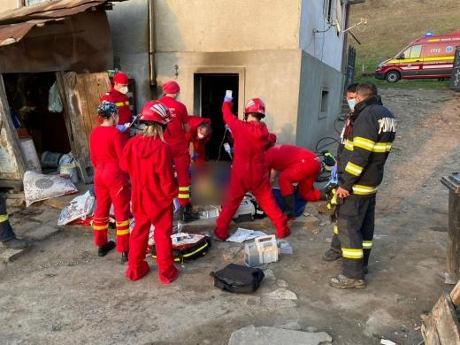 Femeie din Baciu, rănită GRAV într-o EXPLOZIE în propria casă.