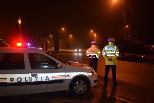 Tânăr de 20 ani, mort de beat, prins de polițiști conducând cu 122 km/h pe drumurile Clujului