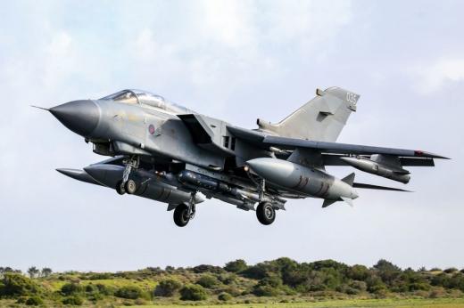 Anglia trimite avioane militare în zona Mării Negre, împotriva posibilelor atacuri ale lui Putin