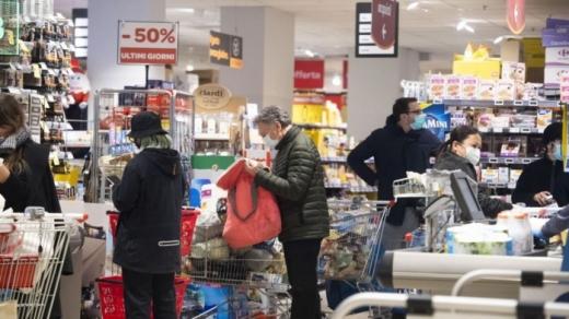Magazinele se vor ÎNCHIDE pentru 15 zile dacă nu respectă măsurile de prevenție