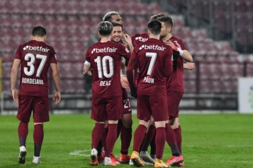 Probleme mari în Gruia! Iordănescu nu se poate baza pe 5 jucători importanți la CFR Cluj - FCSB în Supercupa României