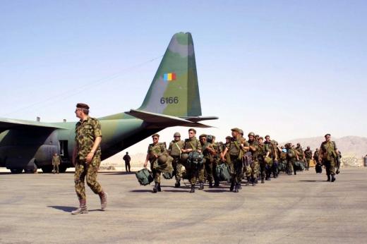 600 militari români se întorc acasă din Afganistan.