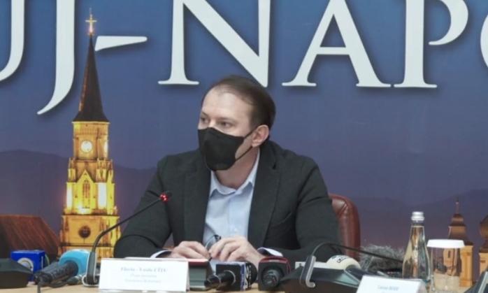 """Premierul Florin Cîțu: """"Au fost adăugate 12 noi paturi ATI în țară. Mai avem până la 1.600 de locuri""""."""