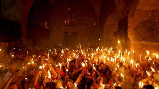Reguli Paștele Ortodox. Credincioșii nu vor avea voie în Biserică la Slujba de Înviere