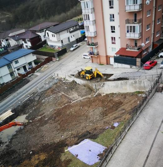 Au început lucrările la drumul surpat de pe strada Edgar Quinet