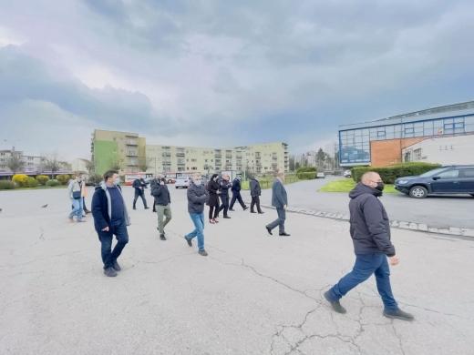 Se deschide primul centru de vaccinare drive-through din Cluj. De când se vor putea vaccina clujenii?