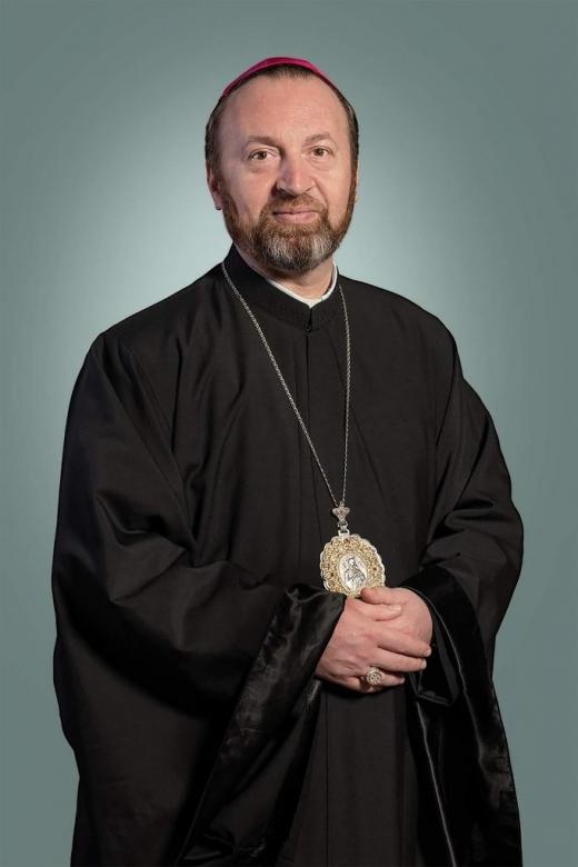 Urmează ceremonia de înscăunare a noului episcop Cluj-Gherla
