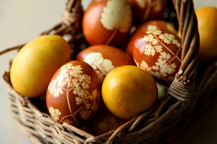 PAȘTE 2021. Trucuri pentru cele mai frumoase ouă vopsite natural
