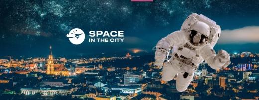 """""""Space in the city"""", expoziția interactivă pentru pasionații de astronomie își prelungește șederea la Cluj. Va fi prezent un ROVER LUNAR adus de la NASA"""