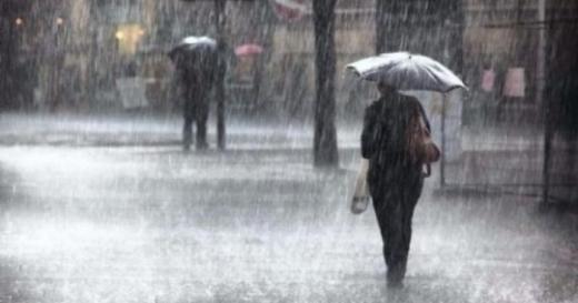 Vreme SEVERĂ la Cluj! Ploi torențiale, fulger și grindină în noaptea de Înviere